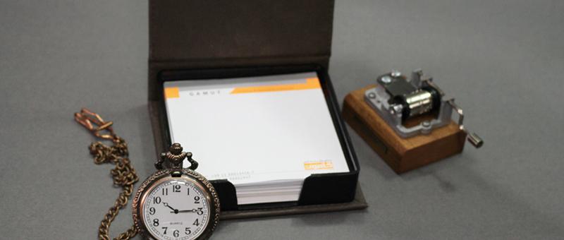 هدایای تبلیغاتی جعبه یادداشت و جاکارتی