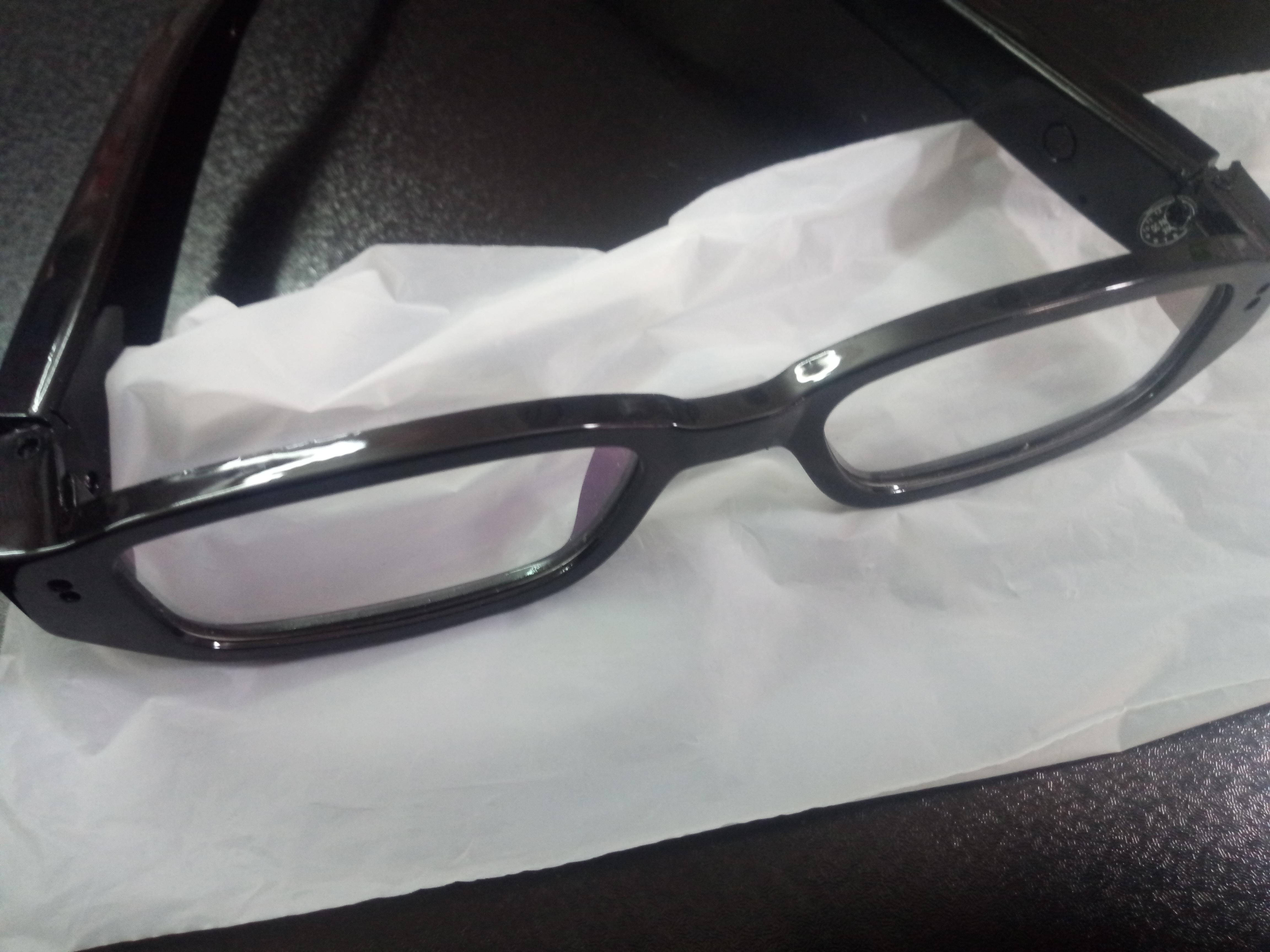 عینک دوربین دار