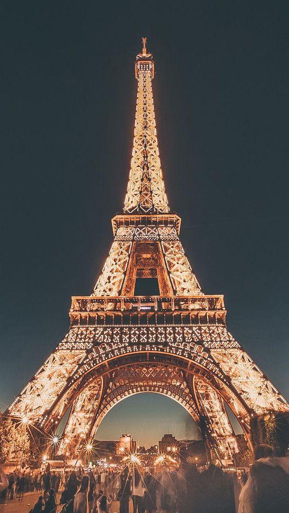 معرفی مکانهای دیدنی پاریس