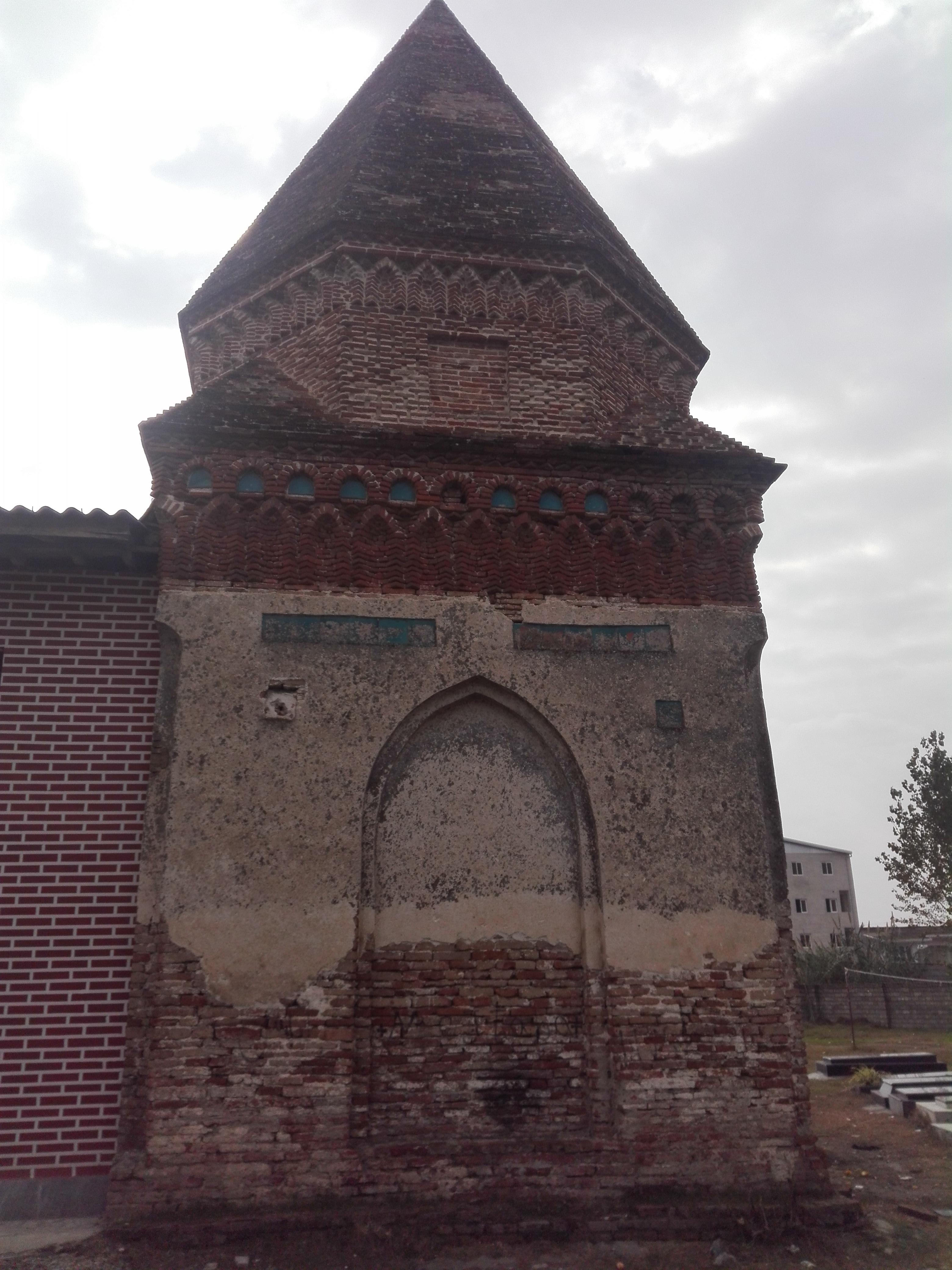 برج آرامگاهی درویش علم بازی- دوره تیموری - بازگیرکلا، بابل