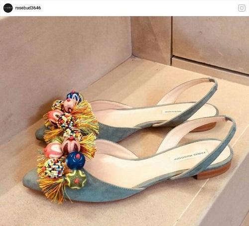 [تصویر: مدل صندل و کفش راحتی]