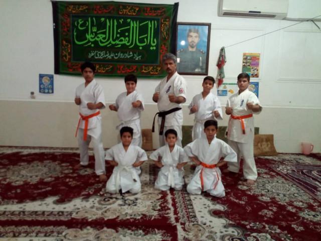 کلاس کاراته در ایام تابستان