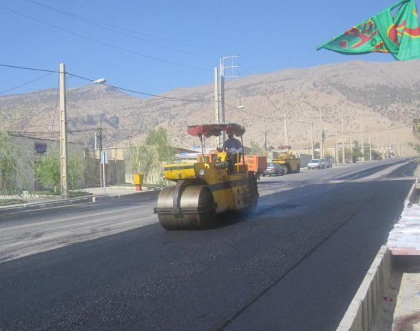 اجرای-10-هزار-متر-مربع-عملیات-آسفالت-در-معابر-شهر-دلگشا