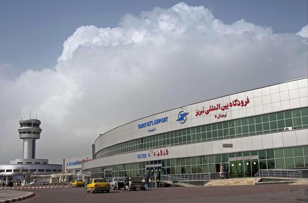 ممنوعیت ورود مسافران بدون ماسک به فرودگاه تبریز