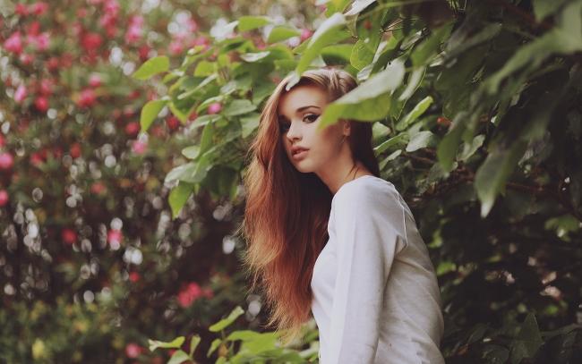http://uupload.ir/files/wjtg_pretty-nature-girl_tn2.jpg