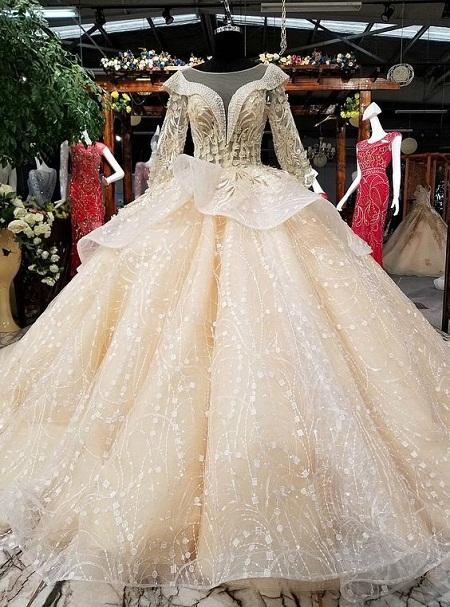 [تصویر: آلبوم عکس لباس عروس آستین دار(قوانین جدید برای گذاشتن عکس در پست اول)]