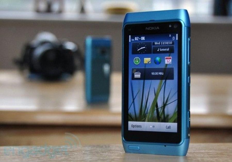 مشخصات Nokia n8