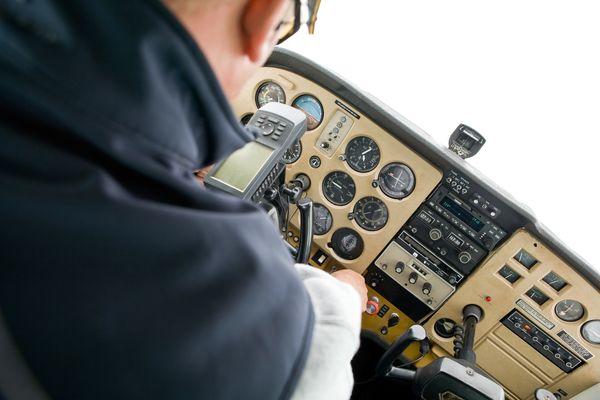 ابزار های ناوبری یا چشم خلبان ؟ کدام بیشتر در پرواز کاربرد دارند ؟